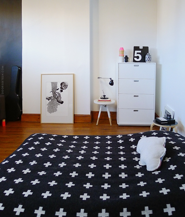 doorsixteen_aptbedroom_4