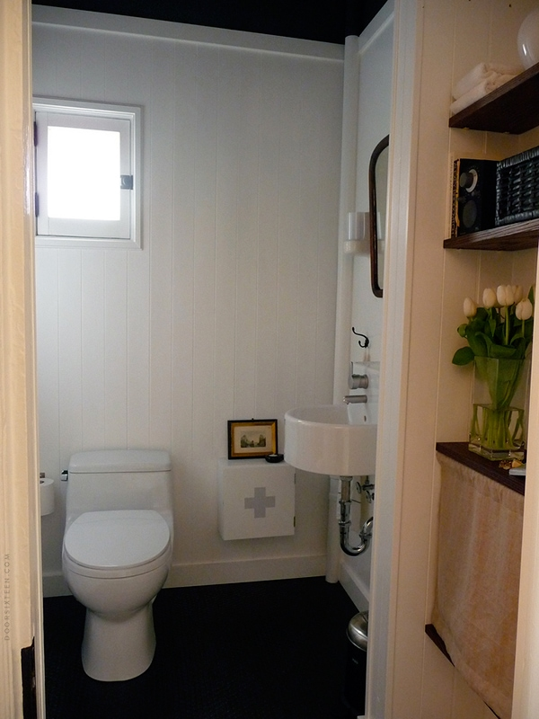 FAQ: What\'s it like having a black bathroom floor? | Door Sixteen
