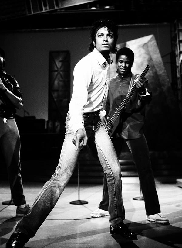 doorsixteen_michaeljackson_motown25