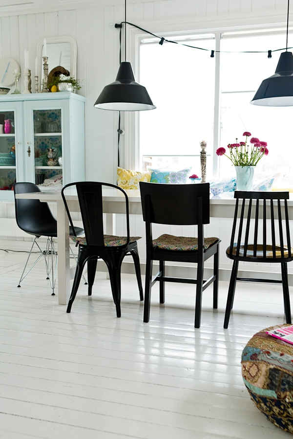 Off white dining room furniture