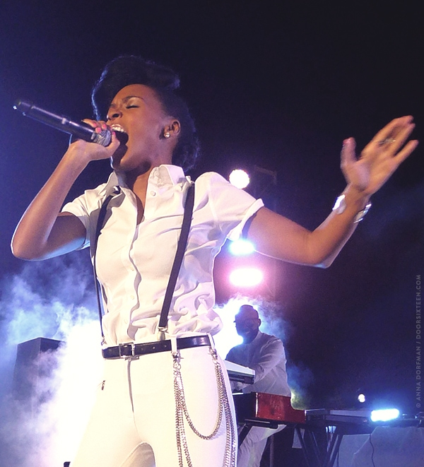 doorsixteen_janellemonae_91013_02