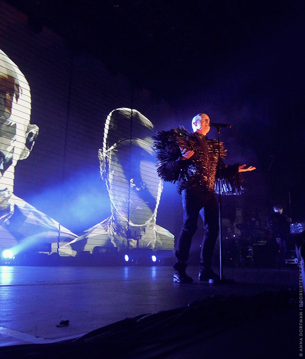 doorsixteen_petshopboys_1