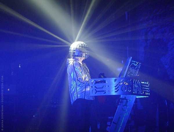 doorsixteen_petshopboys_10